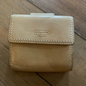 Ladies Coach wallet